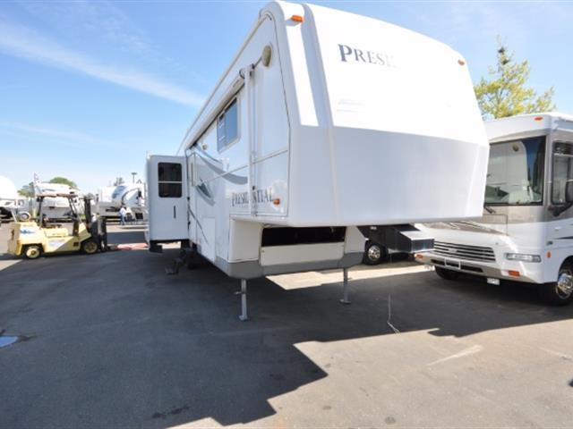 2005 Holiday Rambler Presidential 34RLT
