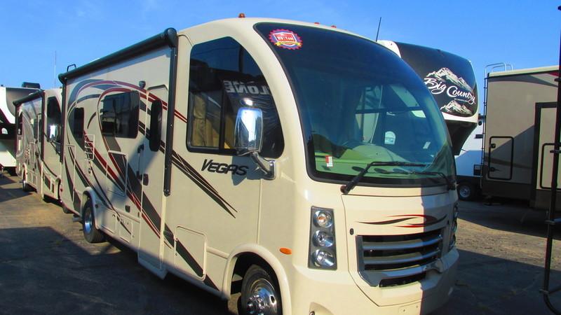 2015 Thor Motor Coach Vegas 24.2