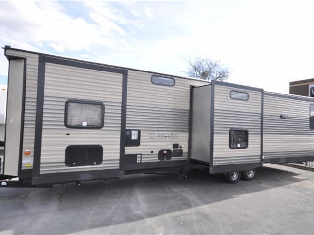 2017 Cherokee 39BR-W, 2