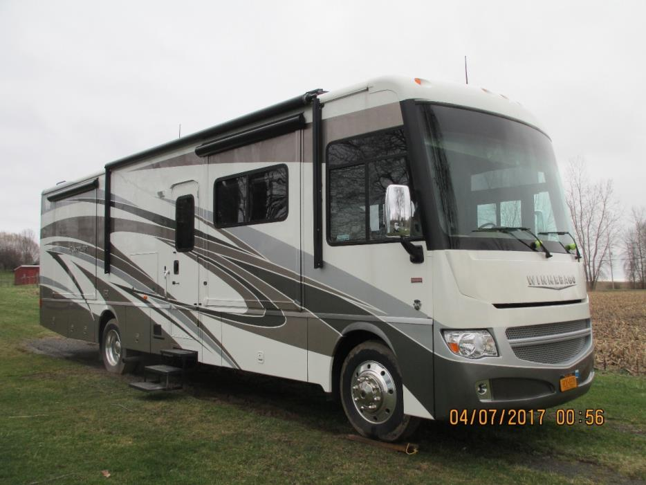 2013 Winnebago ADVENTURER 35P