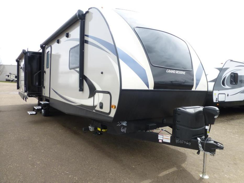 2017 Crossroads Sunset Trail Grand Reserve 33SI