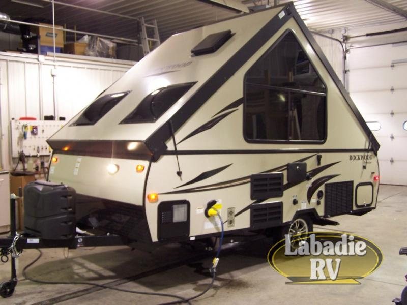 2018 Forest River Rv Rockwood Hard Side Series A122