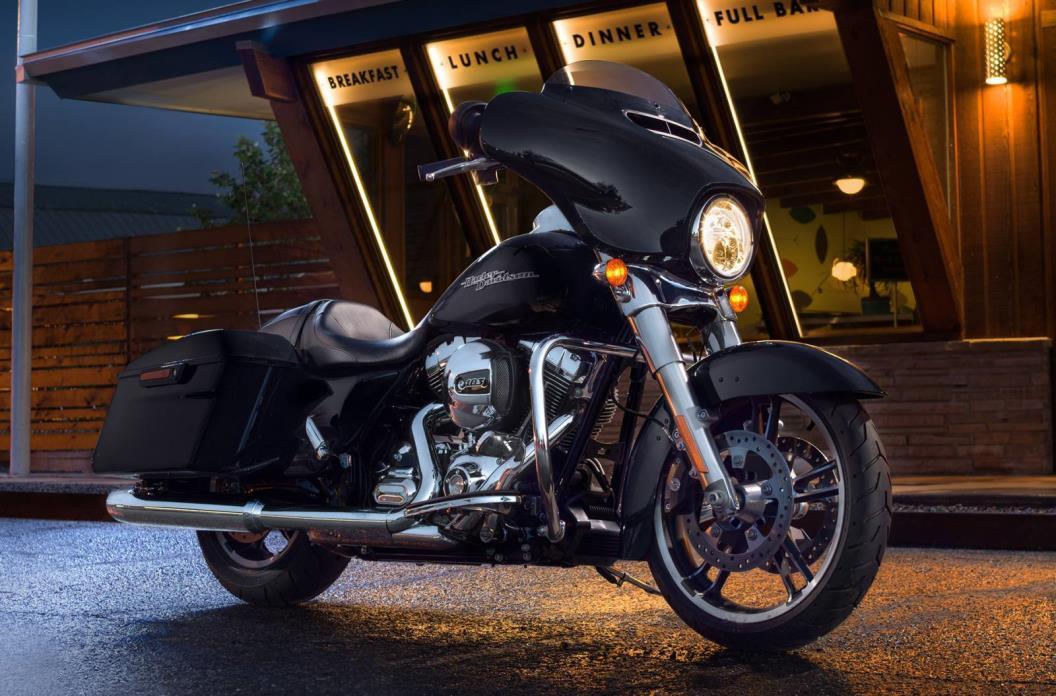 2016 Harley-Davidson FLHXS - STREET GLIDE