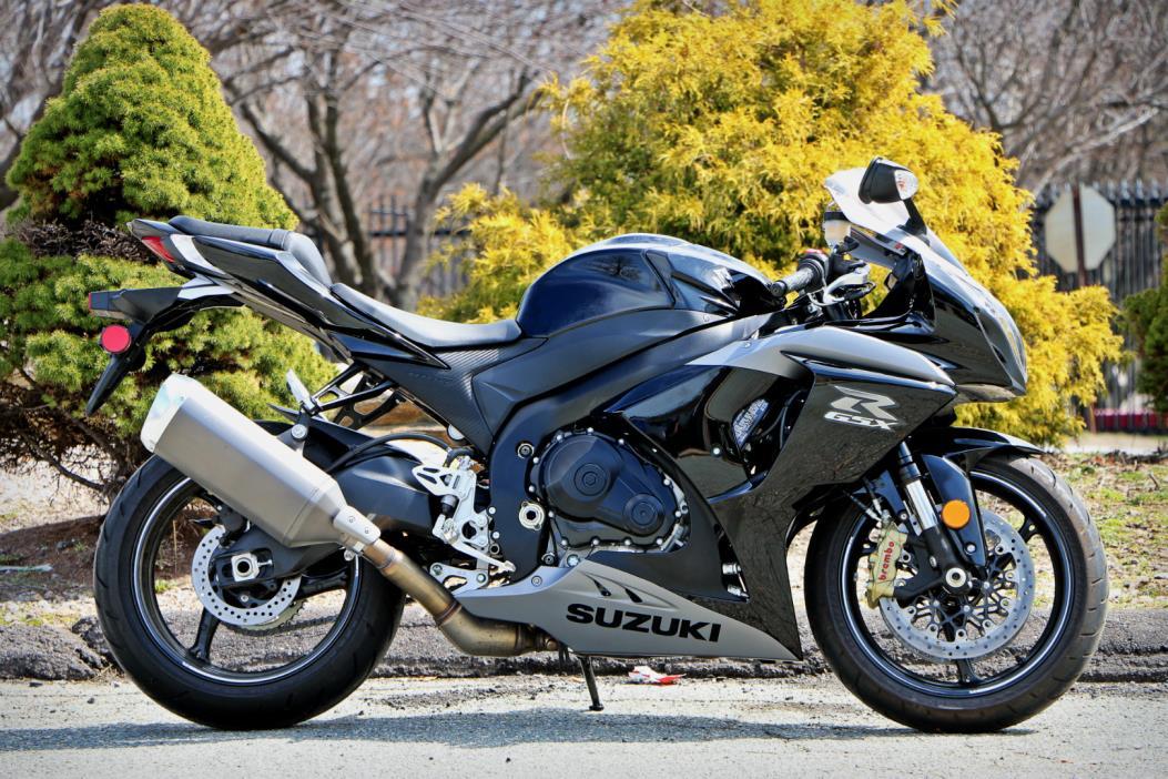 2014 Suzuki GSX-R1000