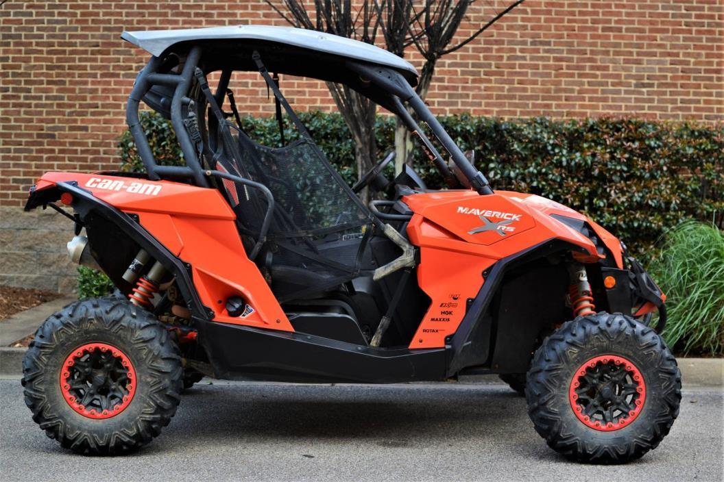 2014 Can-Am Maverick™ X rs DPS™ 1000R