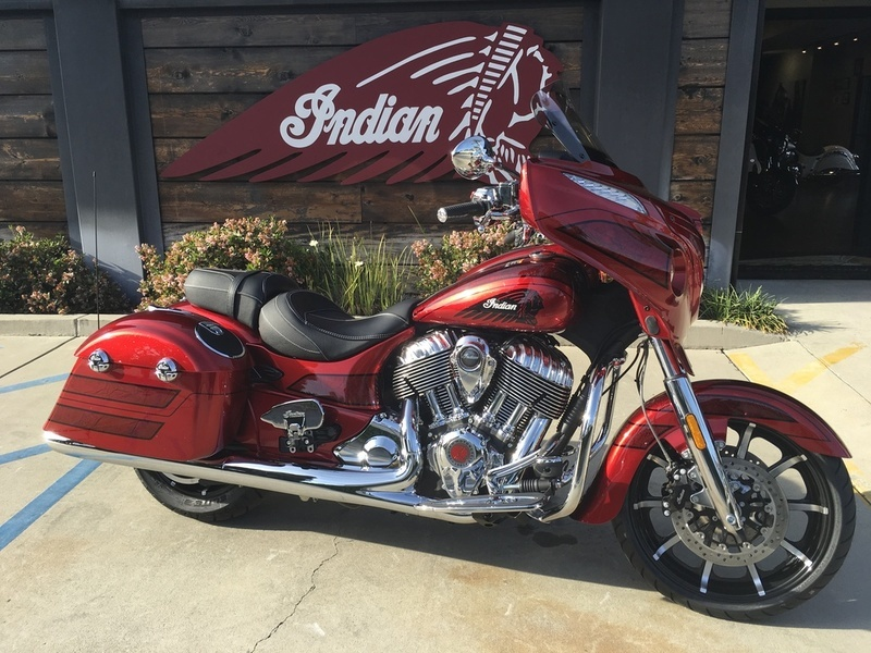 2017 Indian Motorcycle Chieftain Elite Fireglow Red Candy w/ Marble Accents