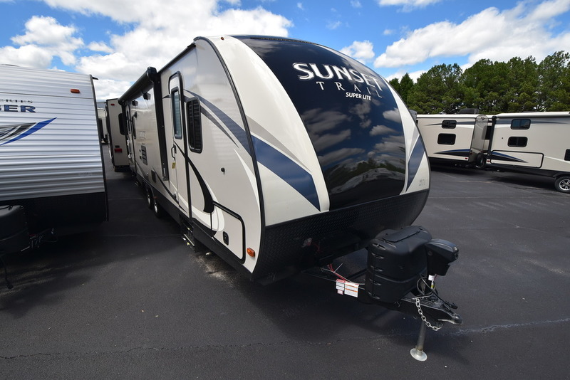 2017 Crossroads Rv Sunset Trail Super Lite SS271RL