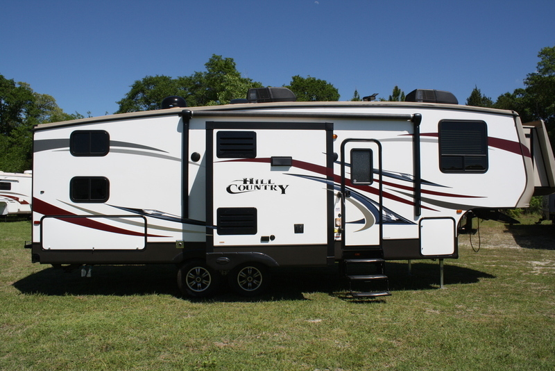 2014 Cross Roads HILL COUNTRY HCF28BH
