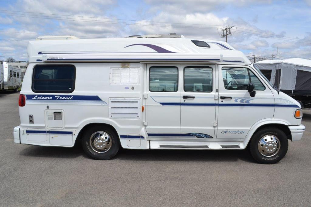 1997 Leisure Travel Freedom WIDEBODY