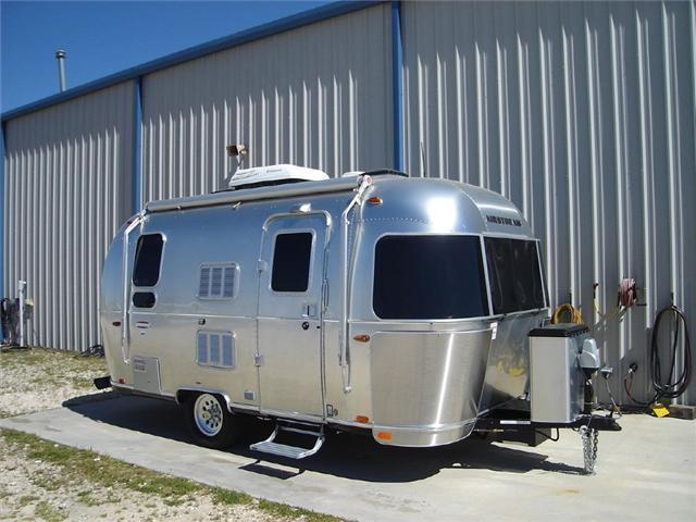 2017 Airstream Rv International Serenity 19