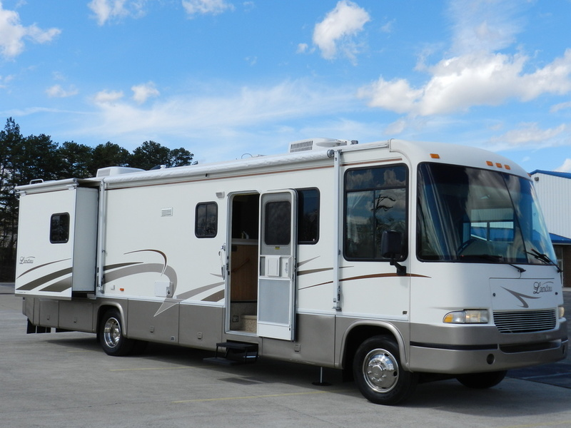 2001 Georgie Boy Landau 3502ds
