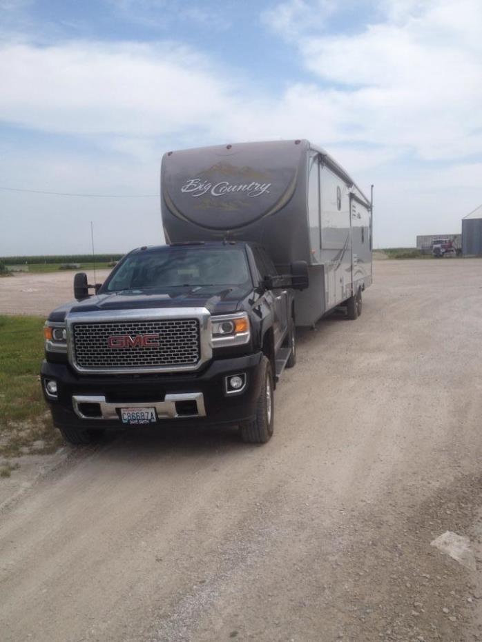 2011 Heartland BIG COUNTRY 3450TS KING BED W/D PREP