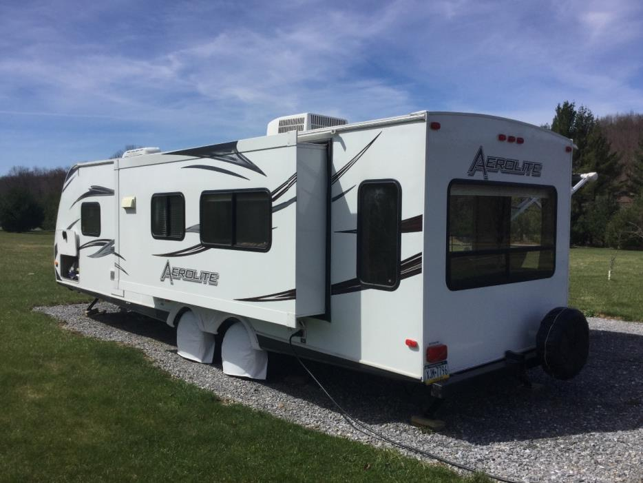 2012 Aerolite TRAVEL TRAILER