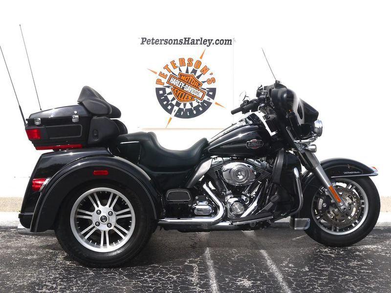 2013 Harley-Davidson FLHTCUTAE - Tri Glide Ultra Classic 110th Anniversary E