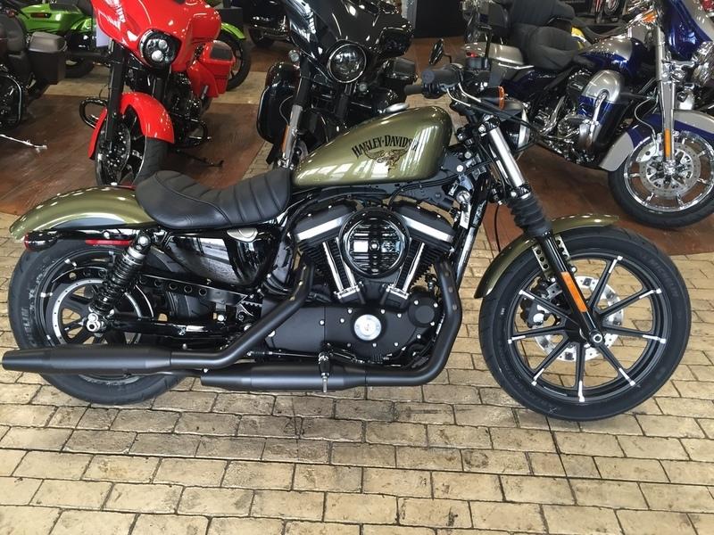 2017 Harley-Davidson XL883N - Iron 883