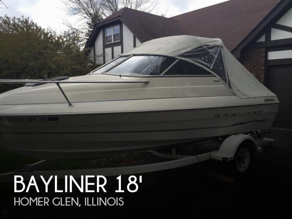 2001 Bayliner 1952 Capri Cuddy