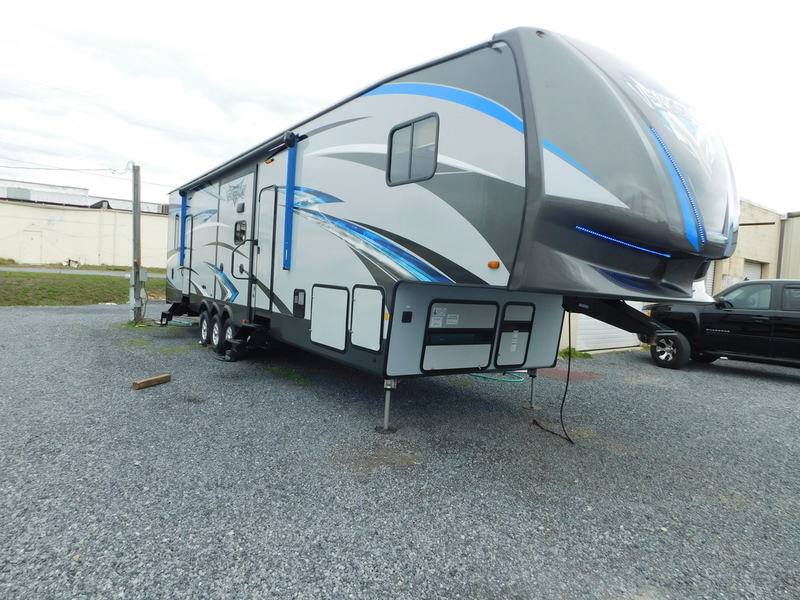 2018 Forest River Vengeance 377V