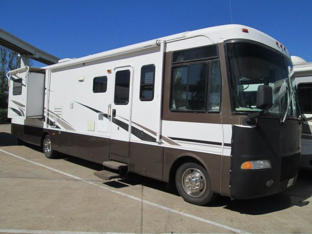 2002 Holiday Rambler Vacationer 36DBD
