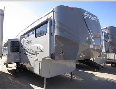 2013 Forest River CEDAR CREEK SILVERBACK 33RL
