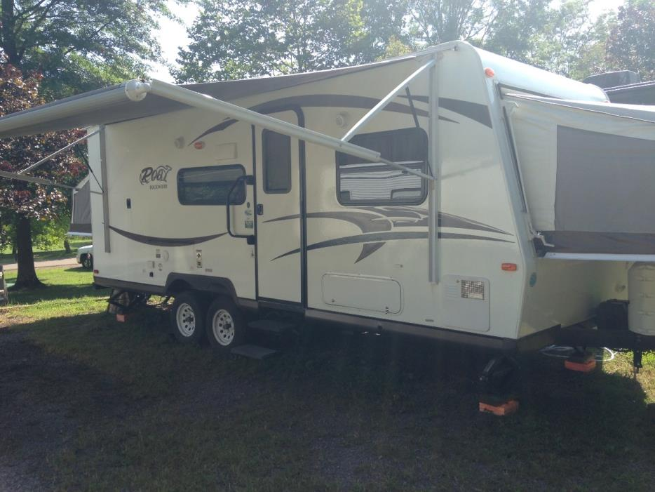 2015 Forest River ROCKWOOD ROO 233S