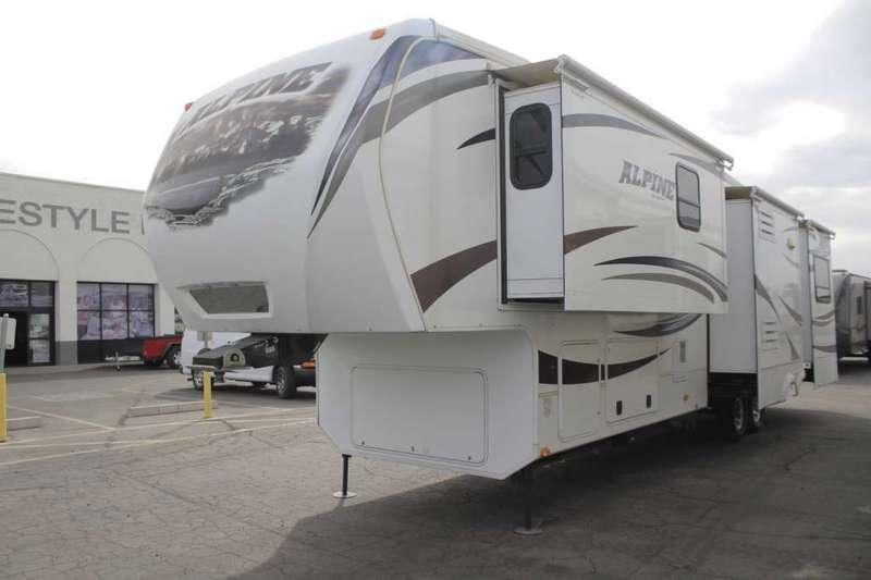 2012 Keystone Rv Alpine 3555RL