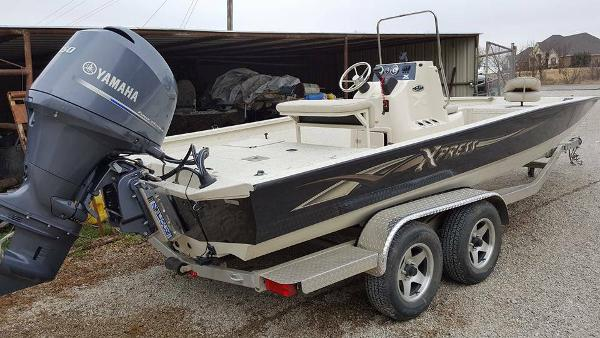 2015 Xpress 22 Bay