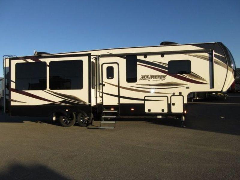 2017 Keystone Rv Alpine 3401RS