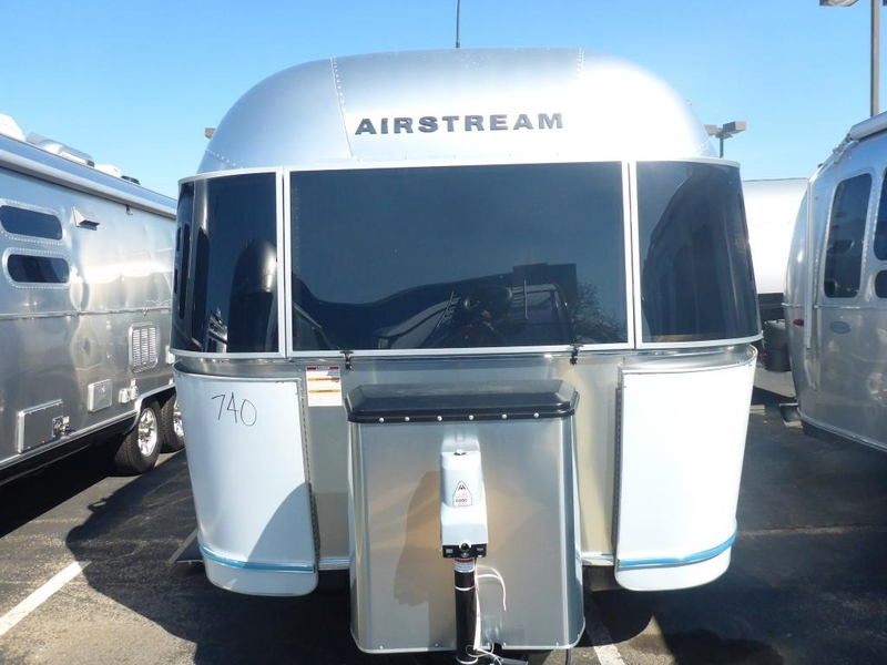 2017 Airstream Flying Cloud FC23CNB