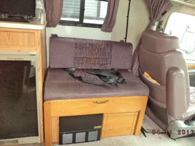 1998 Coachmen Starflyte 210FSL, 8