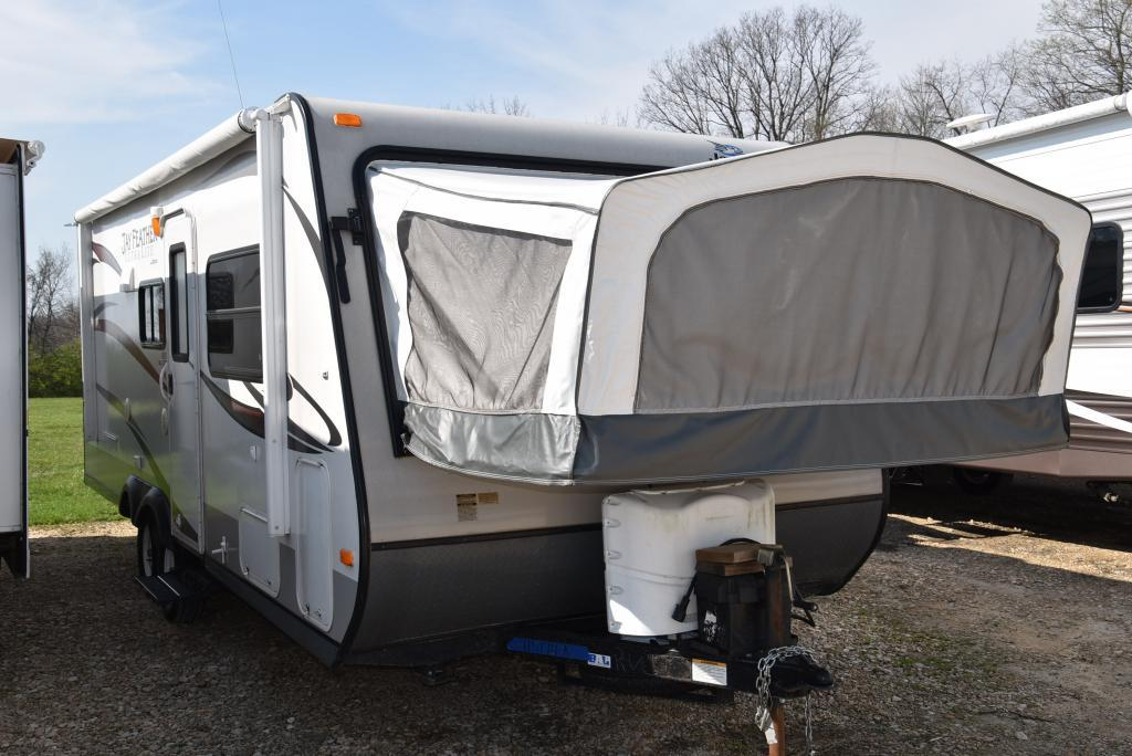 2013 Jayco Jay Feather Ultra Lite 23F
