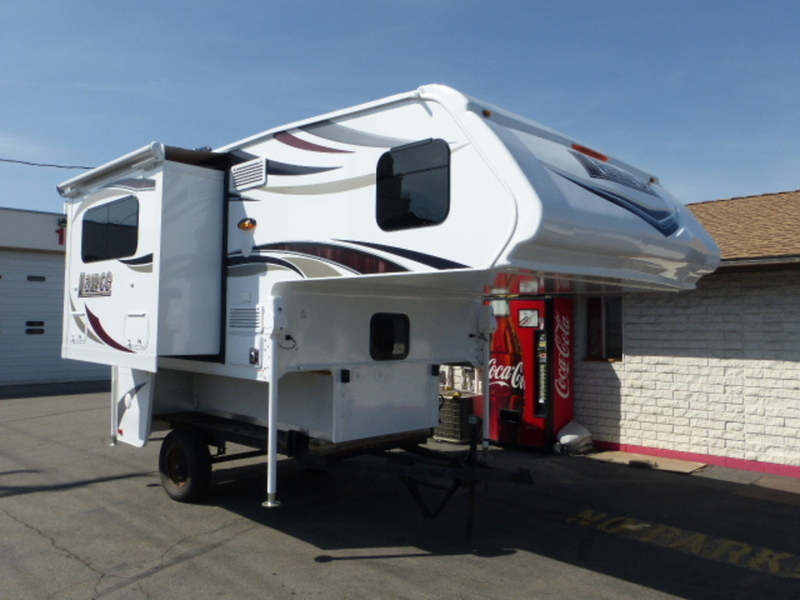 2018 Lance Truck Campers 855S
