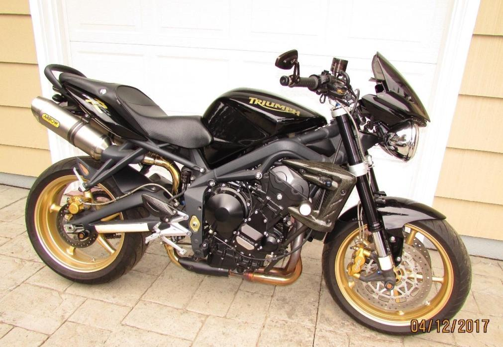 triumph street triple r motorcycles for sale in new york. Black Bedroom Furniture Sets. Home Design Ideas