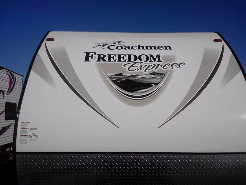 2017 Coachmen Freedom Express 248RBS