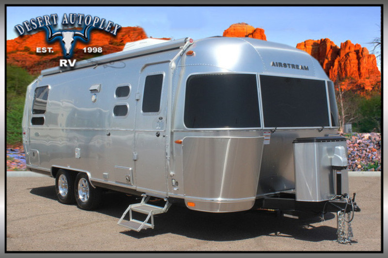 2017 Airstream 25 Flying Cloud Travel Trailer Twin Beds Brand New
