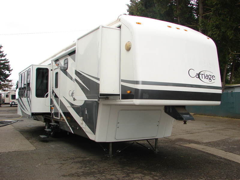 2004 Carriage 374