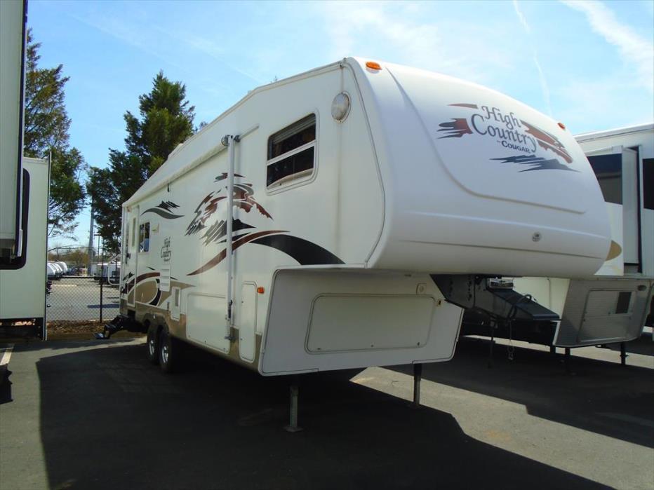 2005 Keystone Cougar HC285