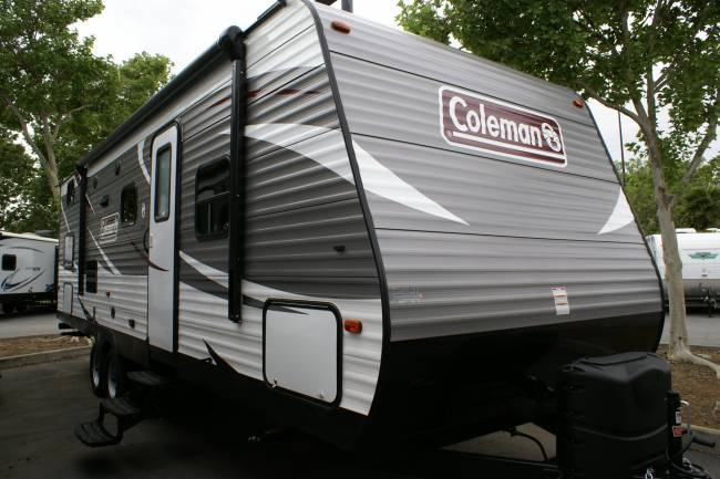 2017 Coleman Expedition 262BHWE