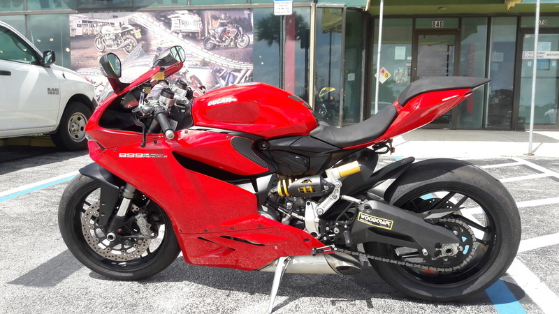 2014 Ducati Superbike 899 Panigale Red