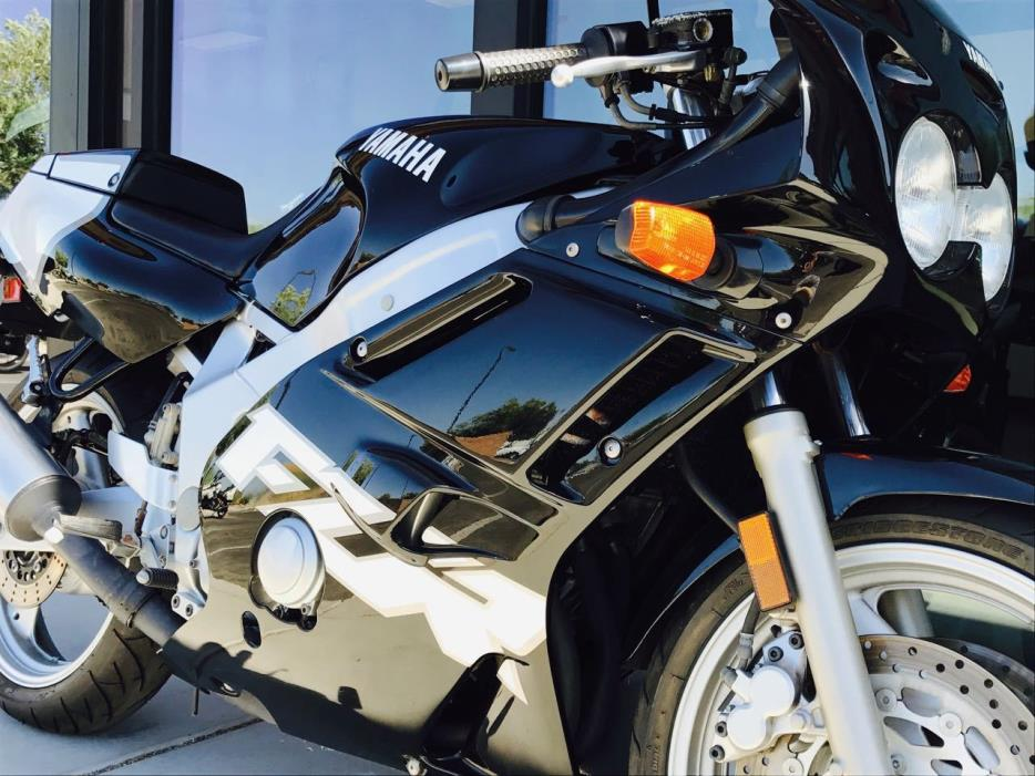 1999 Yamaha FZR 600 RL