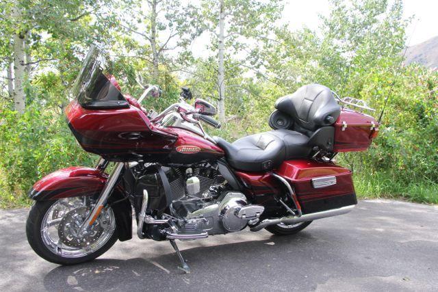 2011 Harley-Davidson ROAD GLIDE CVO ULTRA