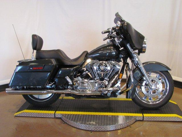 2006 Harley Davidson FLHX - Street Glide