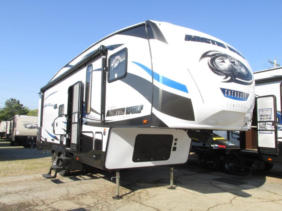 2018 Forest River Cherokee Artic Wolf 265DBH8