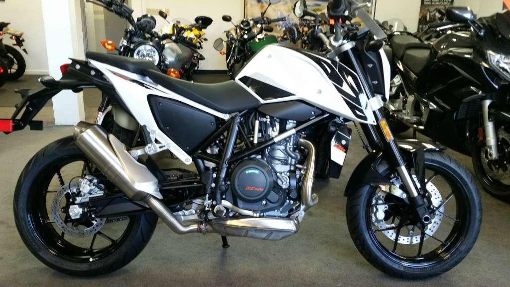 ktm 690 duke white motorcycles for sale. Black Bedroom Furniture Sets. Home Design Ideas