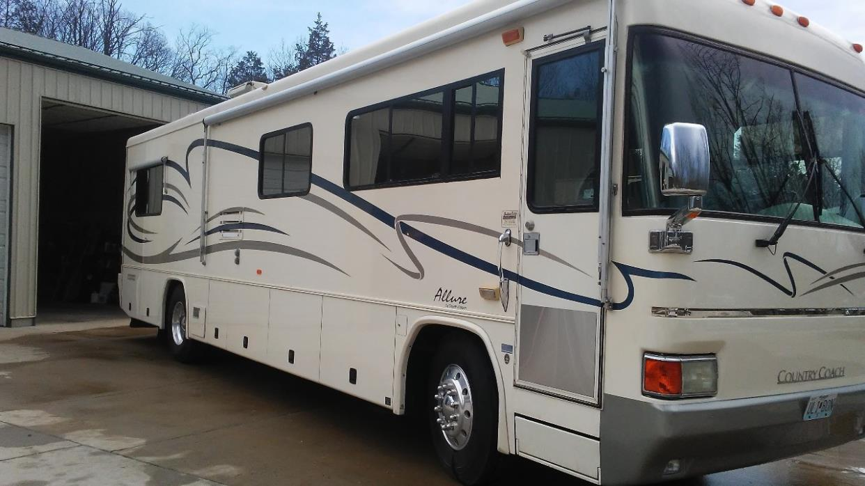2001 Country Coach ALLURE 36