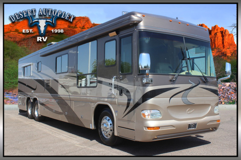 2003 Country Coach Intrigue 400 Suite Sensation