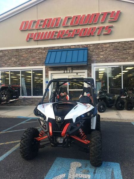 2015 Can-Am Maverick X rs DPS 1000R White, Black & Can-Am Red