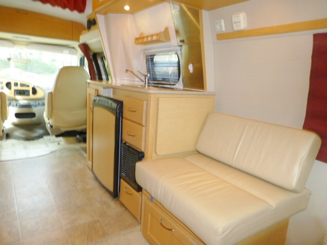 2007 Pleasure Way EXCEL TS, 9