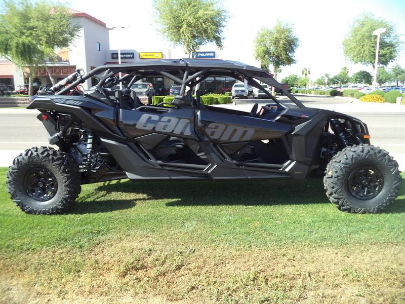 2017 Can-Am Maverick X3 MAX X rs TURBO R Triple Black