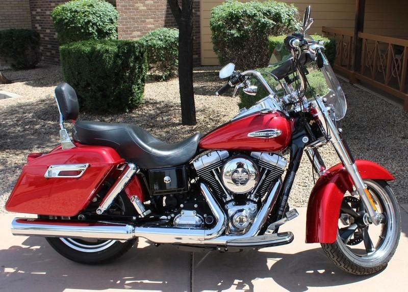 2012 Harley-Davidson FLD - Dyna Switchback