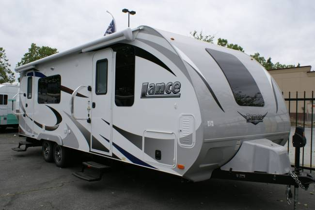 2018 Lance Travel Trailer 2285